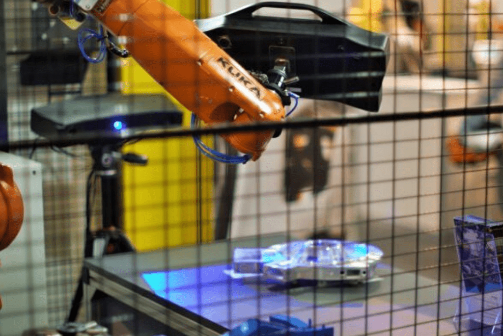 Skaner 3D Heavy Duty Optima na ramieniu robota