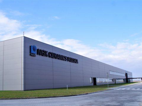 Hala fabryczna firmy NGK Ceramics Polska